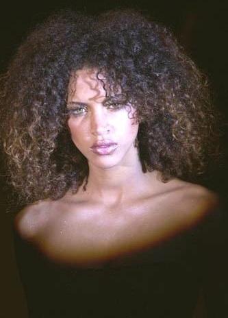curly-hair-style-05.jpg