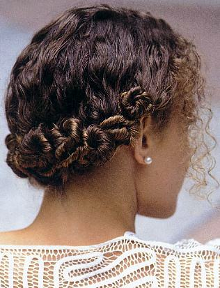 curly-wedding-hair-b-02.jpg