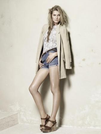 Zara Woman2