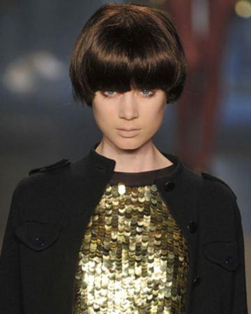 модные прически с челкой 2009