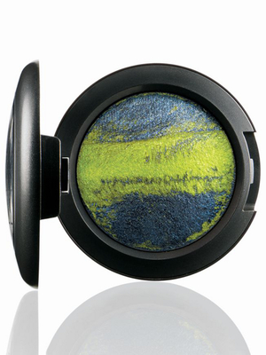embedded_mac-tropical-taboo-mineralize-eye-shadow-cha-cha-cha