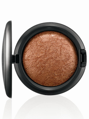 embedded_mac-tropical-taboo-mineralize-skinfinish-gold-deposit