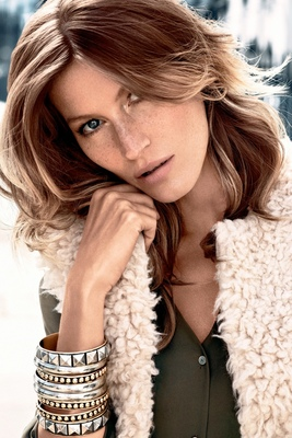 embedded_Gisele_Bundchen_H_M_Fall_2013_Campaign_Look_(1)