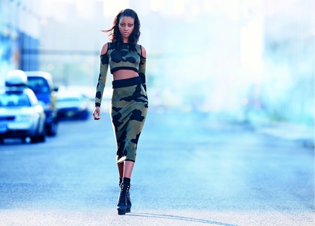 embedded_Rihanna_for_River_Island_fall_2013_campaign_look_(1)