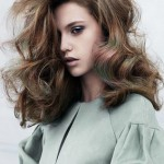 embedded_long_layered_curly_hairstyle