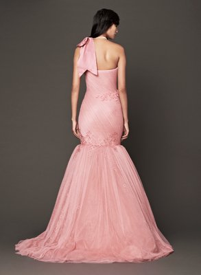 embedded_Vera_Wang_Fall_2013_Bridal_Gown_Salmon_Back_View