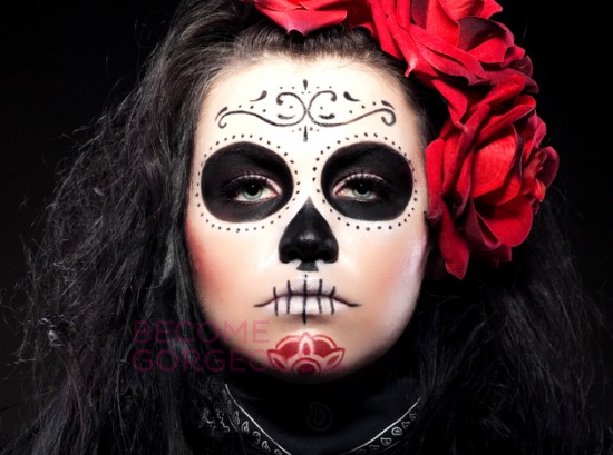 embedded_halloween-sugar-skull-face-design