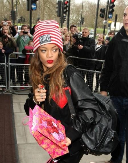 Rihanna+Winter+Hats+Knit+Beanie+7jtJ45ulmLIl