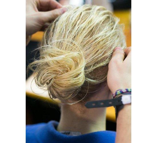embedded_messy_bun_fall_2014_hair_trends