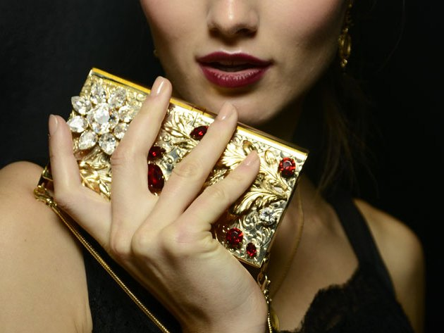 embedded_dolce_and_gabbana_spring_2015_nail_trends