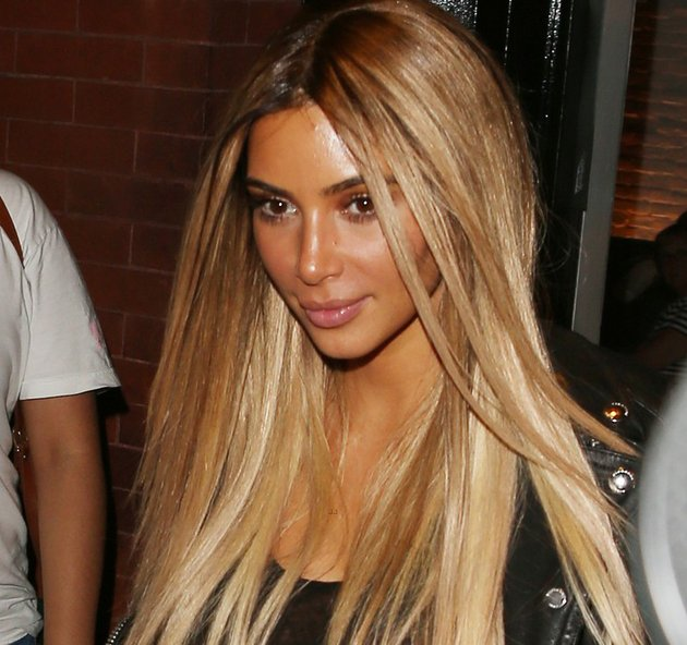 embedded_kim_kardashian_with_blonde_hair