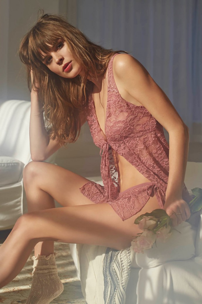 Free-People-Valentines-Day-Lingerie-2016-Lookbook04