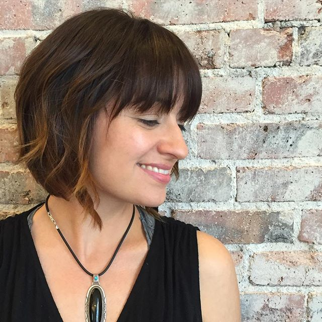 Pretty-short-bob-hairstyle-with-bangs-for-women