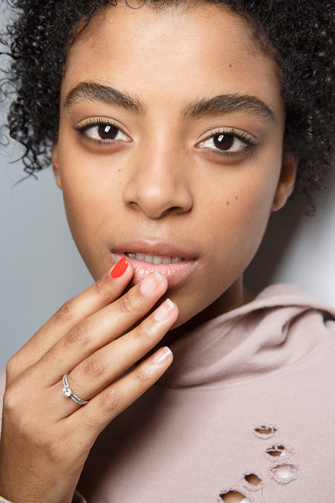 11-tibi-fall-2017-nude-nails-red-accent