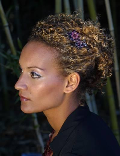 hairstyle-ideas-for-curly-hair3.jpg