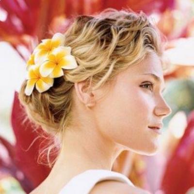 short-wedding-hairstyles-beach