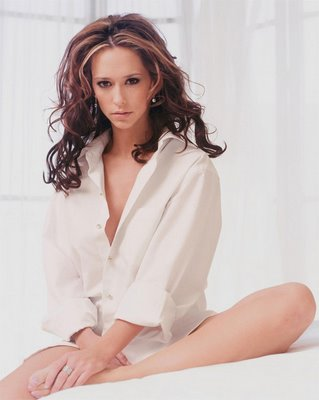 jennifer-love-hewitt-232