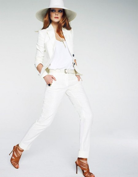 How-To-Wear-White-Pants-and-White-Shirt-For-Women-1