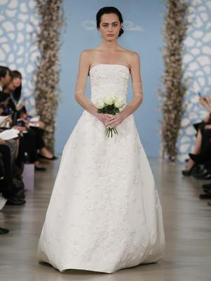 embedded_Oscar_de_la_Renta_Wedding_Dresses_Spring_2014_(12)