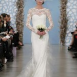 embedded_Oscar_de_la_Renta_Wedding_Dresses_Spring_2014_(14)