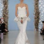 embedded_Oscar_de_la_Renta_Wedding_Dresses_Spring_2014_(16)