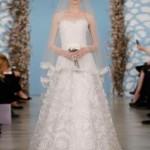 embedded_Oscar_de_la_Renta_Wedding_Dresses_Spring_2014_(17)