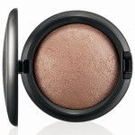 embedded_mac-tropical-taboo-mineralize-skinfinish-soft-and-gentle