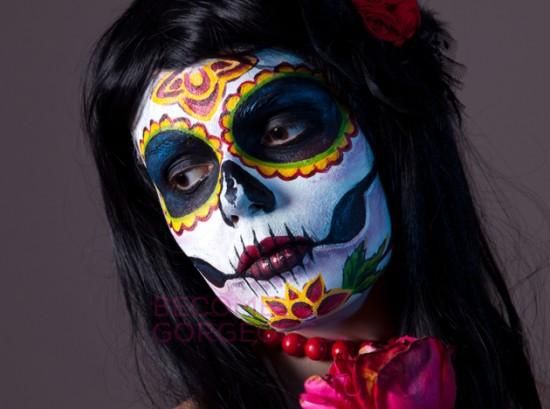 embedded_bright-sugar-skull-makeup