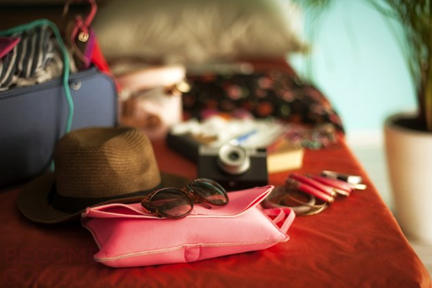 how_to_pack_holiday_fashion_tips_content