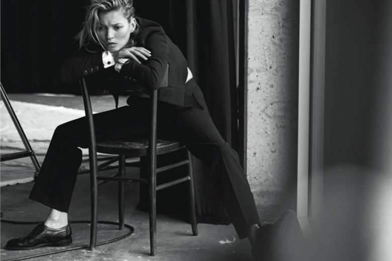 kate-moss-appears-un-retouched-for-vogue-italia-by-peter-lidbergh-5