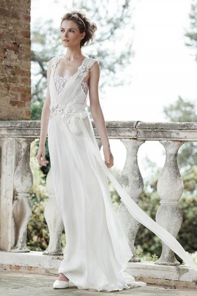 Alberta-Ferretti-Bridal-2016-Wedding-Dresses01-400x600