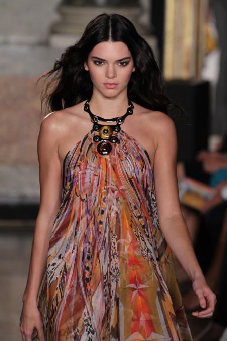 Kendall-Jenner-Model-Runway
