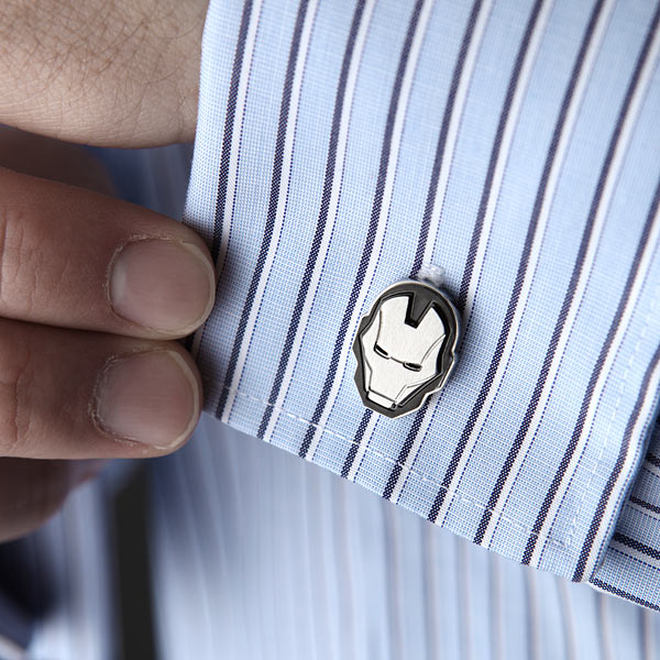 injo_iron_man_cufflinks_inuse