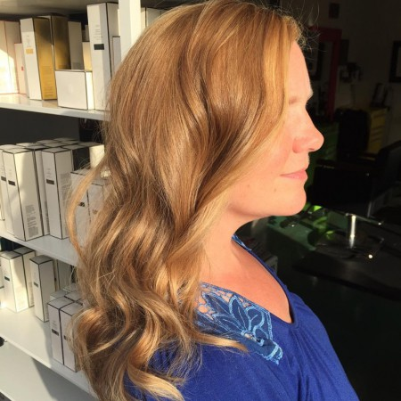 Strawberry-Blonde-Light-Hair-Color-Sun