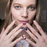 10-zadig-et-voltaire-fall-2017-nude-nails-blue-accents-black-bands