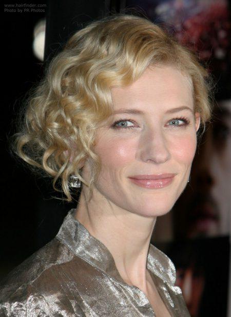 cate-blanchett-curls-face